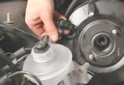 Замена вакуумного усилителя тормозов daewoo Ремонт порогов рапид