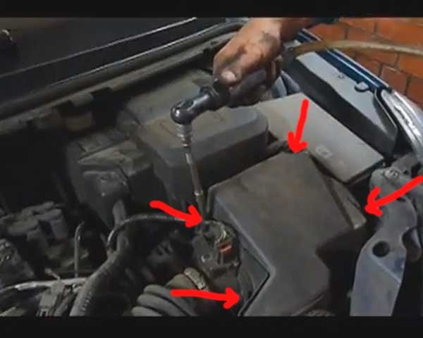 Замена воздушного фильтра форд фокус 3 своими руками