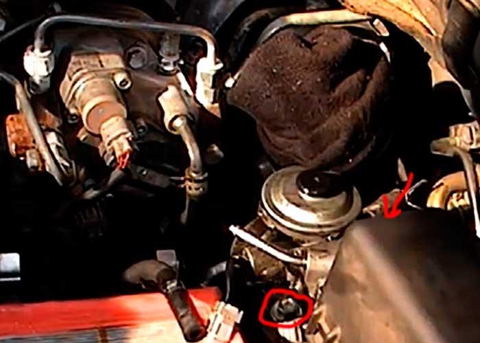 Тойота авенсис замена топливного фильтра