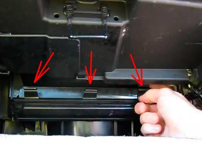 Замена салонного фильтра поло седан 2012