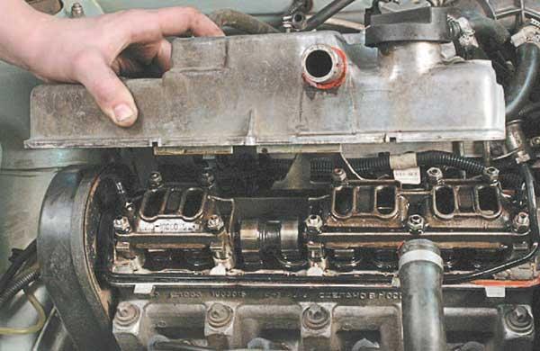 Фото №10 - замена прокладки клапанной крышки ВАЗ 2110 8 кл