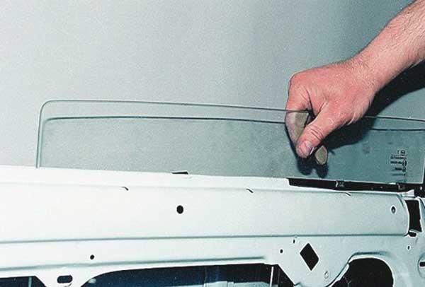 Замена заднего стекла ваз 2107 своими руками видео