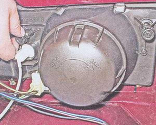 Регулировка фар  на ваз 2104