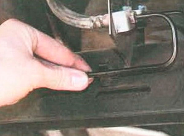 трубка тормозная задняя renault symbol