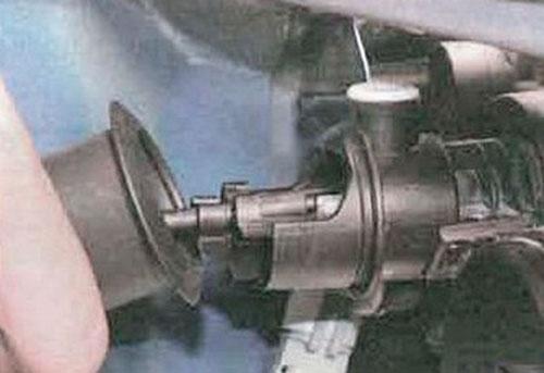 Снятие и замена передней блок-фары на Renault Logan - ремонт автомобиля своими руками, видео и руководство по ремонту и обслужив