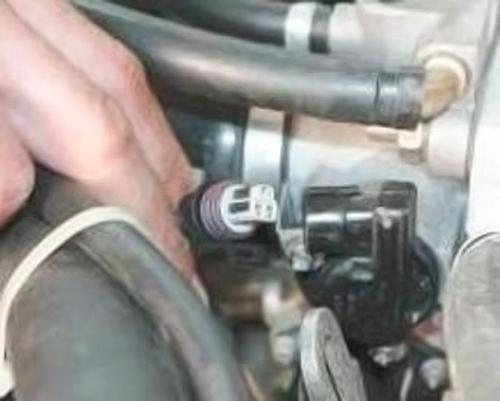 Замена масла в двигателе шевроле нива
