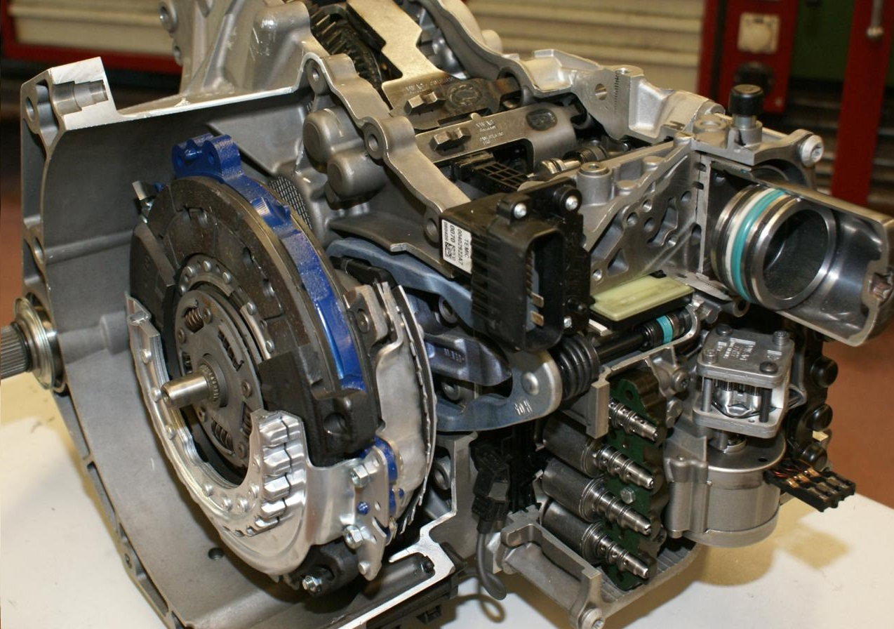 Особенности роботизированных коробок передач в современных грузовых авто