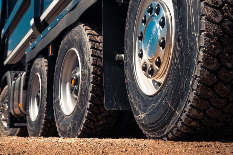 Грузовые шины: надежность и безопасность