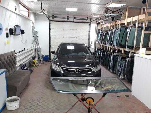Ударопрочный сталинит: недорогое, но качественное стекло для вашего автомобиля