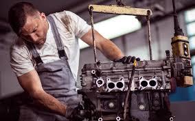 Ремонт и замена двигателя в микроавтобусе: когда пора?